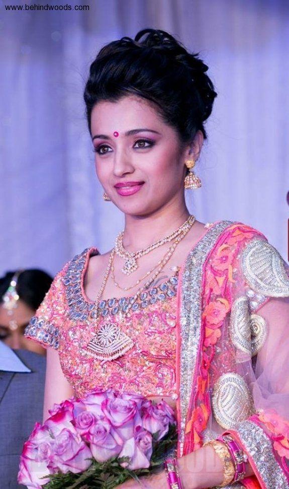 Trisha Krishnan (aka) Actress Trisha photos stills & images