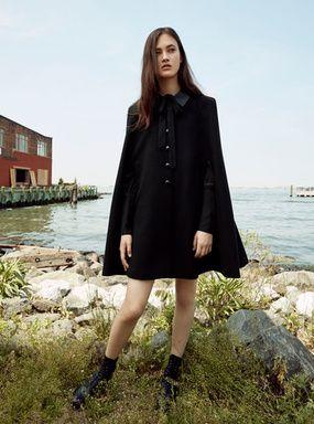 話題の英国ブランドベルスタッフから女優リヴタイラーが手掛けたカプセルコレクション登場