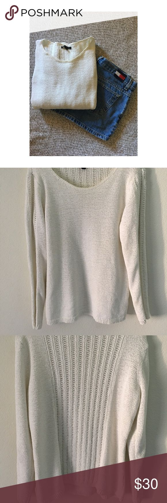 Rachel Zoe Sweater Rachel Zoe white sweater. Great condition except for one of the shoulder has some pulling on the fabric, nothing that can't be fixed. (Very minor as pictured) I would say this is a petite size XL sweater I am a medium and loved wearing this as it fit me well. Rachel Zoe Sweaters Crew & Scoop Necks