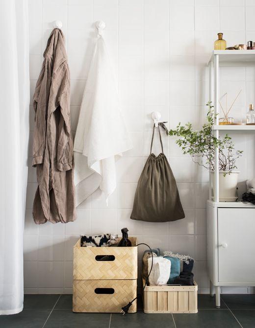 Um Bohrlöcher In Badezimmerfliesen Zu Vermeiden, Haben Wir Uns Hier Für  Frei Stehende Elemente Wie