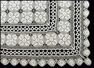 IRISH ROSE CROCHET WITH DOUBLE CROCHETED LACE RINGS #TABLECLOTH https://thelaceandlinensco.com/store/products/irish-crochet-lace-double-crocheted-rings-tablecloth  #LACE #LINENS #IRISH