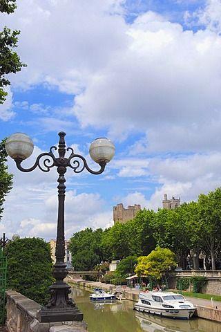 Canal de la Robine, Narbonne, Aude, Languedoc Roussillon, France, Europe