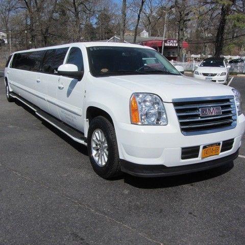 hybrid 2008 GMC Yukon Denali limousine