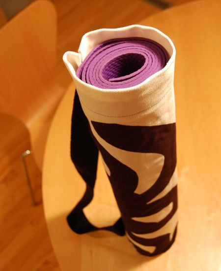 DIY: yoga mat bag- replace the shoddy net one it came with!
