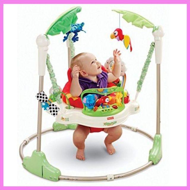 C Est Vraiment Une Chaise Pour N Importe Quelle Salle De Votre Maison Ce Fauteuil Est Baby Activity Jumper Infant Activities Fisher Price Rainforest Jumperoo