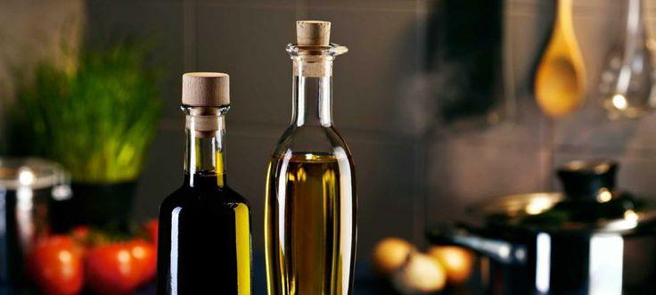 Además de ser un ingrediente clave para aliñar las ensaladas, el vinagre aporta muchos beneficios al organismo. Unas gotas pueden reducir la hinchazón y el dolor de una picadura de mosquito.