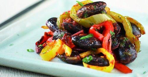 Φασόλια μαύρα Πρεσπών με πιπεριές στο φούρνο | olivemagazine.gr