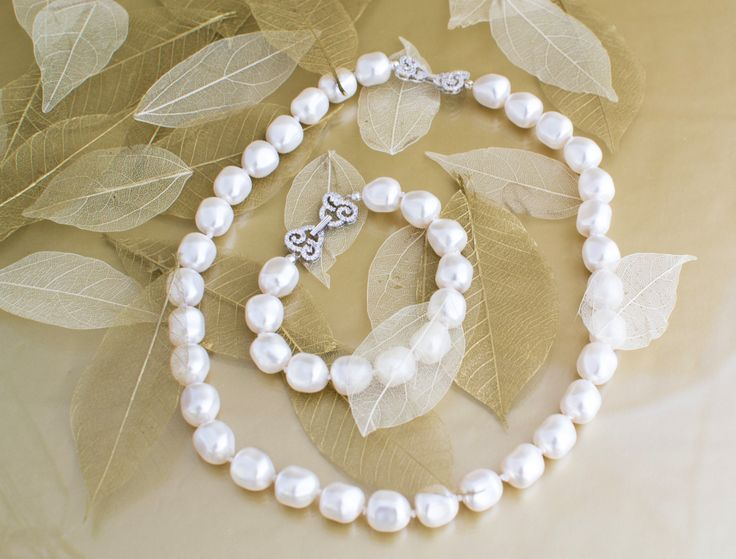 Baroque Pearl Necklace and Bracelet - Autumn Winter Collection
