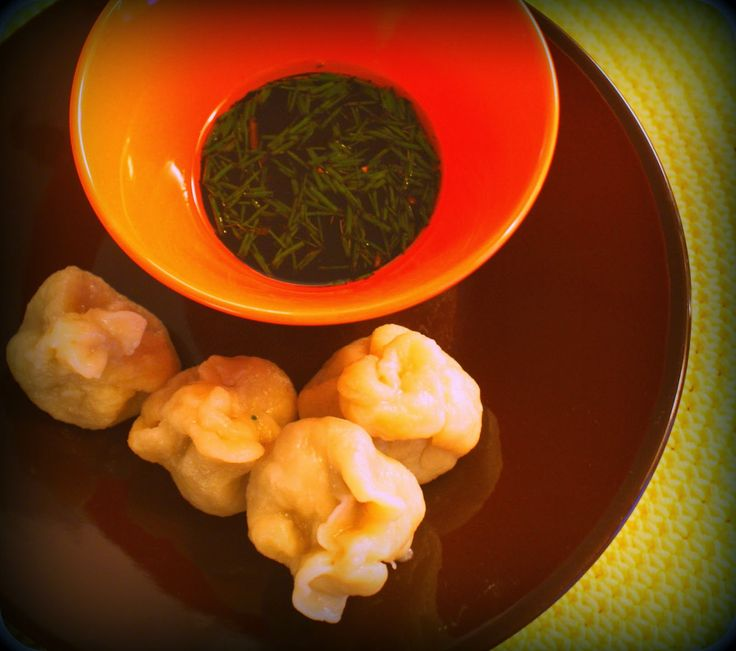 Dumpling-jauhelihanyytit - http://www.etsiresepti.fi/r/dumpling-jauhelihanyytit-78895723.html