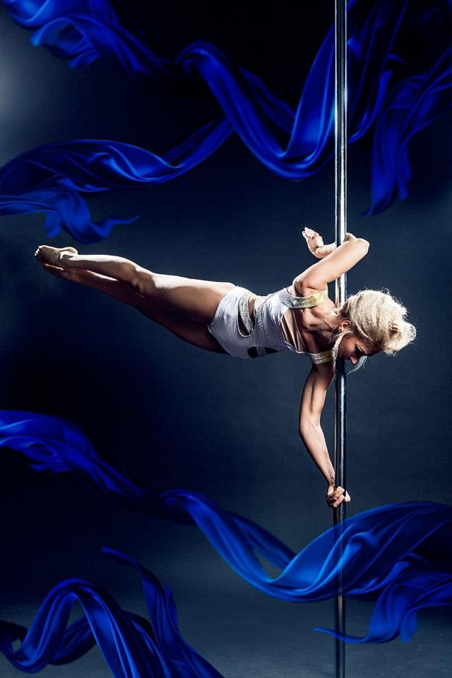 122 best images about amazing pole dance on pinterest for Pool dance show