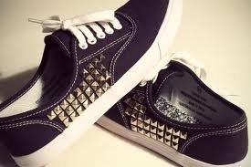 DIY Studded Canvas Shoes http://www.youtube.com/watch?feature=player_embedded=aJEtJWUXbpI