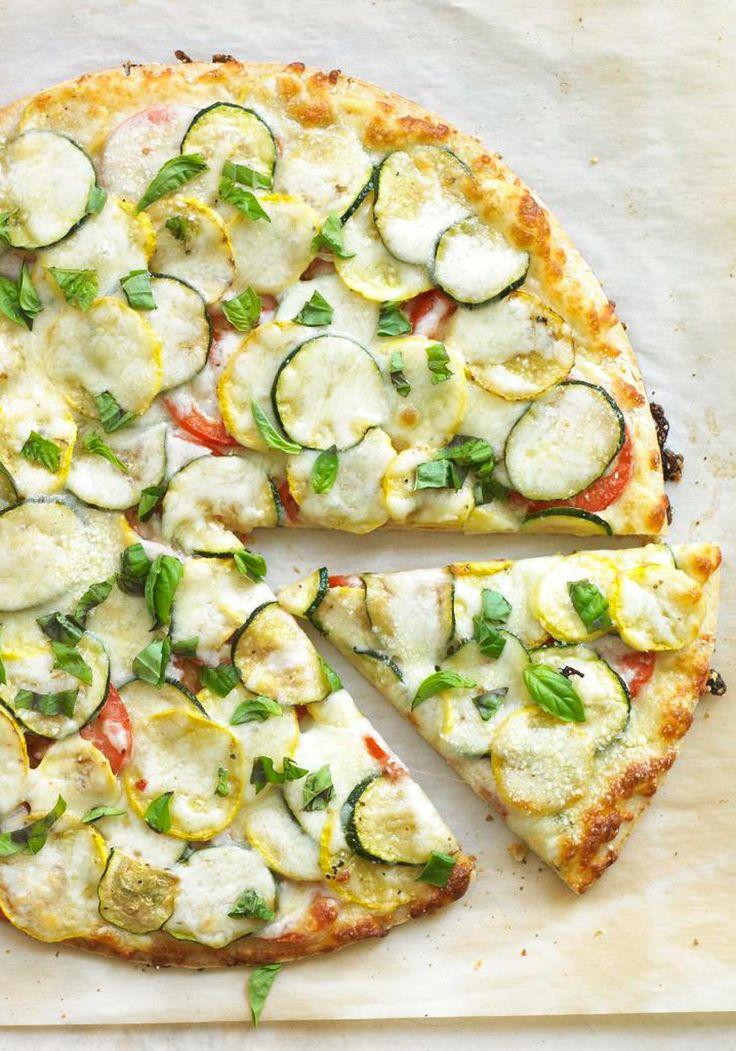 Pizza courgettes jaunes et vertes
