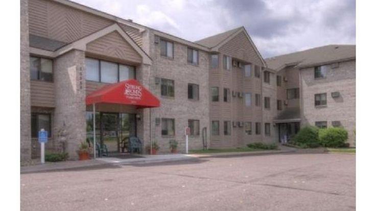 Closet Space, Pond, Eden Prairie, Senior Living, Outdoor Pool, Apartments,  Cabinet Space, Flats