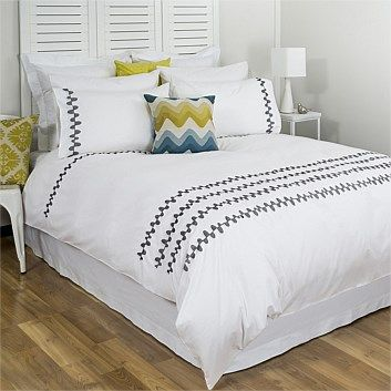 Duvet cover sets & quilts – Briscoes - Cloud 9 Optima Grace Duvet Cover Set