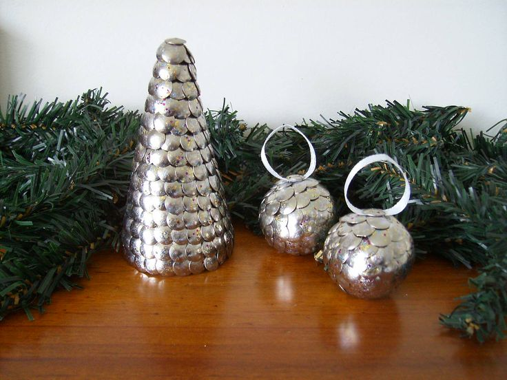 Handcrafted Ornamental Xmas & Baubles.  Silver Sparkle.   Something a little different as an Xmas decoration.   Xmas Tree measure 11cm high.  2 x Baubles measure 4cm high. $18.00 http://www.trademe.co.nz/Members/Listings.aspx?searchtype=SELLER&member=3401504