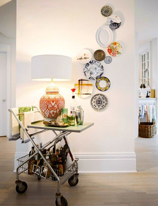 I just LOVE the styling on this vignette: Wall Art, Wall Decor, Dining Room, Decor Ideas, S'More Bar, S'Mores Bar, Plates Wall, Bar Carts, Plate Wall