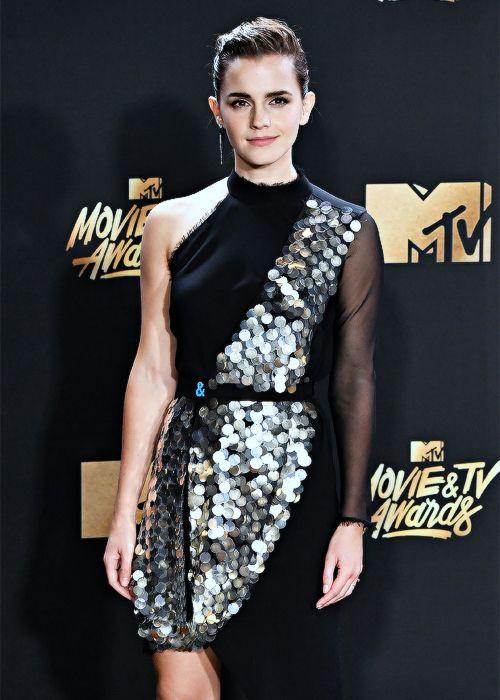 ewatsondaily:Emma Watson attending the MTV Movie Awards