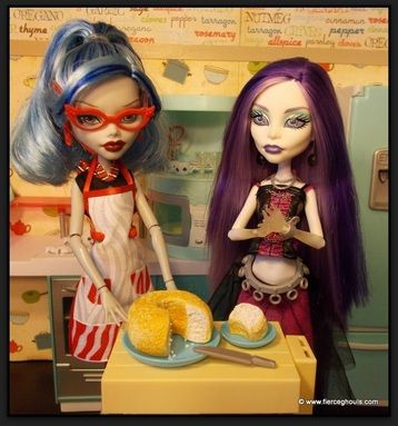 How To Make Monster High Doll Food