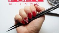Unghie natalizie: nail art fiocco di neve by Soffio di Dea in PUPA NAIL ACADEMY - PUPA Milano