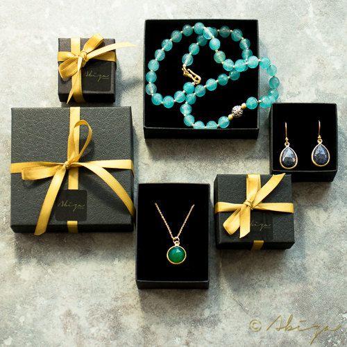 Collana di smeraldi grezzo possono Birthstone cristallo