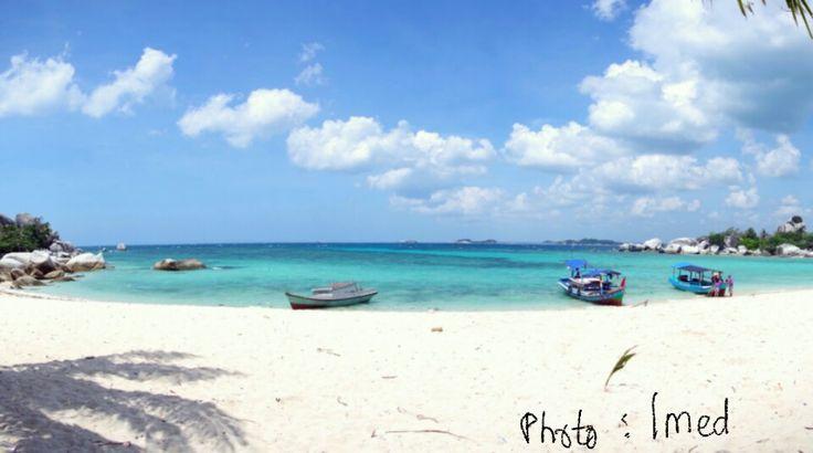 Pulau Lengkuas - Belitung #Indonesia (photo by Imed)