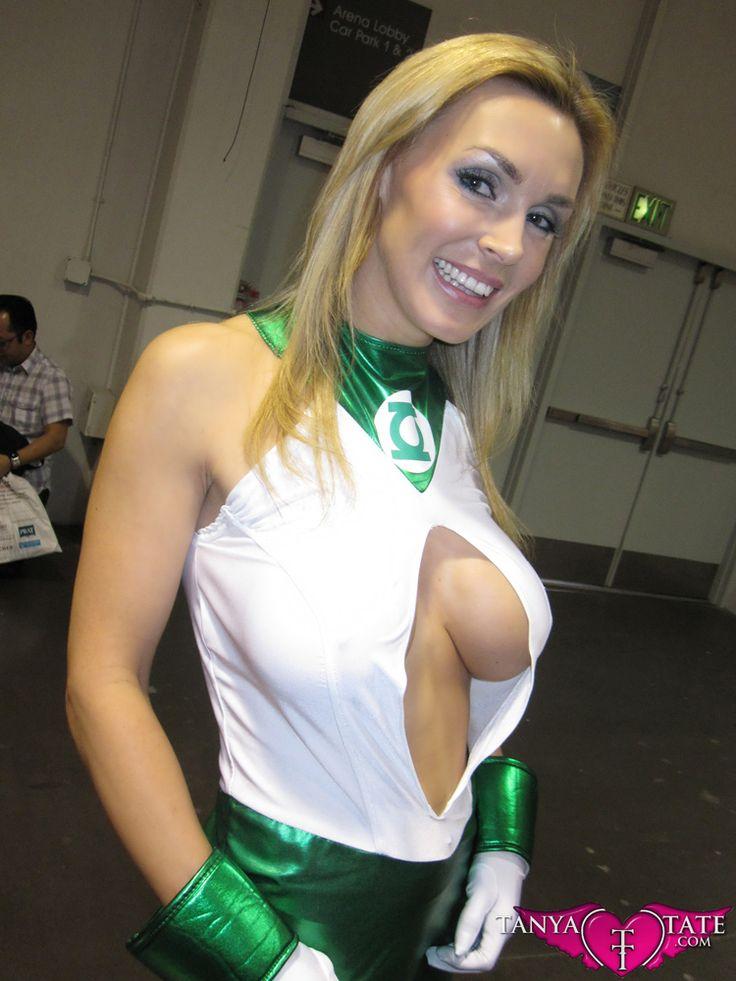 Sexy cosplay milf pics
