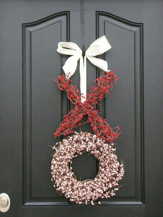 XO Hugs and kisses valentine wreath