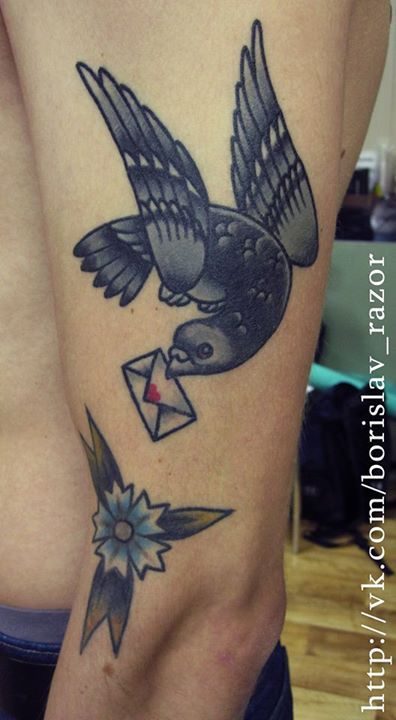 Redberry Tattoo Studio Wrocław #tattoo #inked #ink #studio #wroclaw #warszawa #tatuaz #gdansk #redberry #katowice #berlin #poland #krakow #kraków #sosnowiec #design #boryslav #dementiev #razor #damngoodtattoo #bird #ptak #golab #pigeon #mail #letter #list