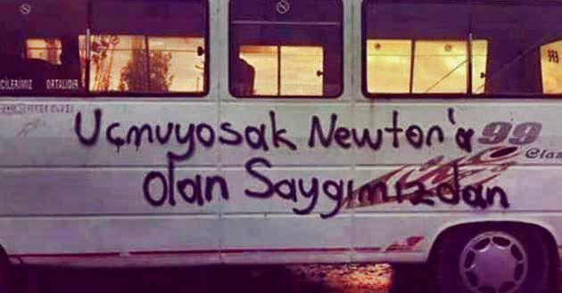 """Sokaklara yazılmış duvar yazılarını derleyen bir hareket. Sokak Hareketi. """"Duvarlar kitap yazamayanlar içindir!"""""""