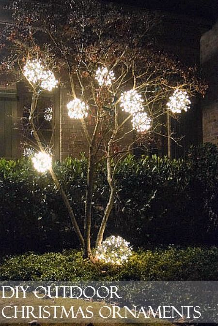 DIY Outdoor Christmas Ornaments made from chicken wire and a strand of lights. We made 9 in about 2 hours.