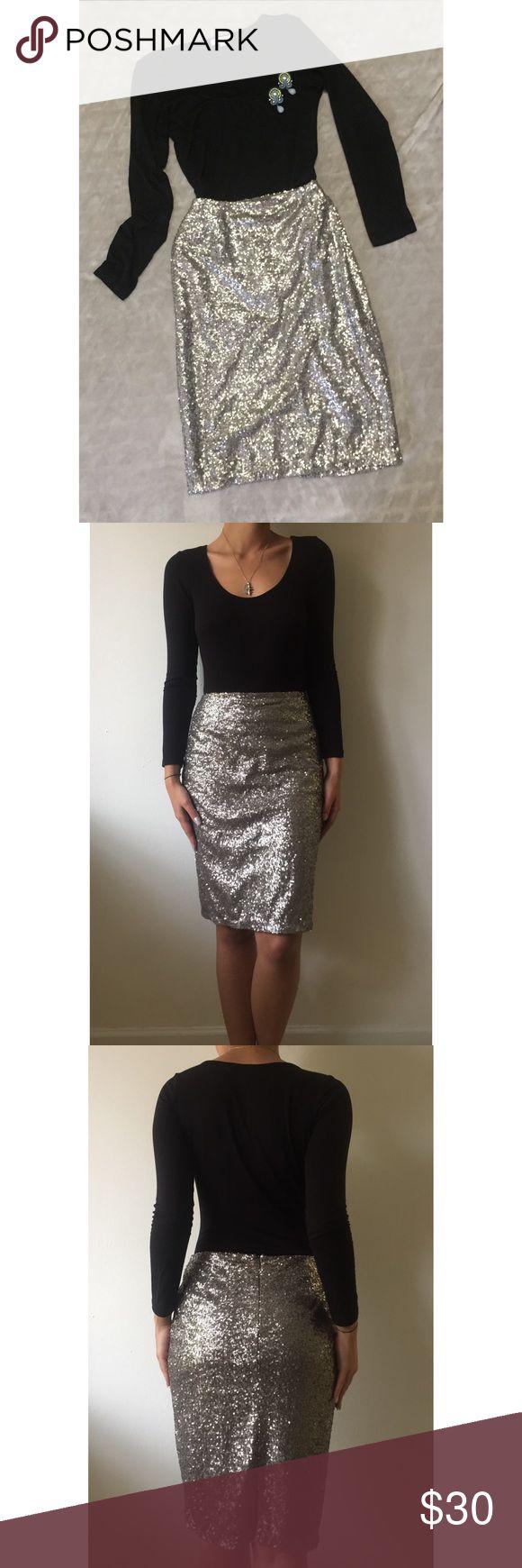 Halogen Silver Sequins Skirt Beautiful silver sequins skirt! True to size. Halogen Skirts Pencil