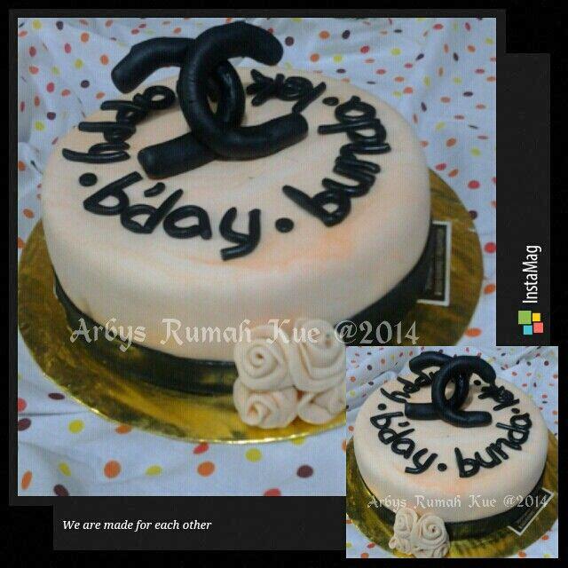Channel fondant cake