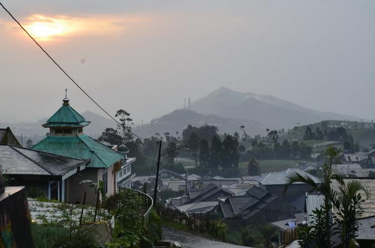 Perjalanan Penuh Cerita Gn Slamet via Bambangan (28-30 Maret 2013)
