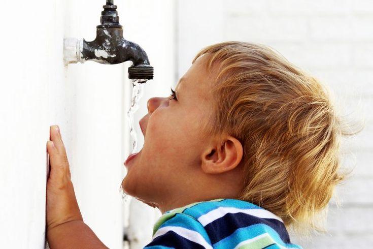 6 Dicas para não se esquecer de beber água