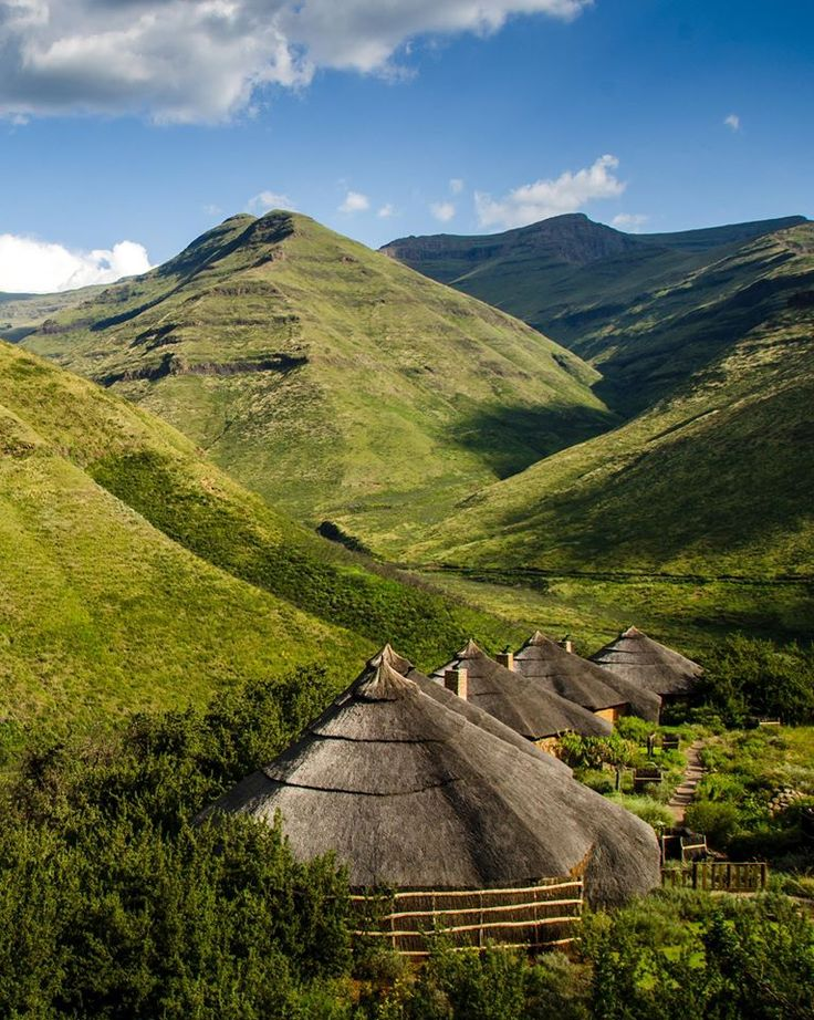 Rondawels in the Valley of a 1000 Hills South Africa