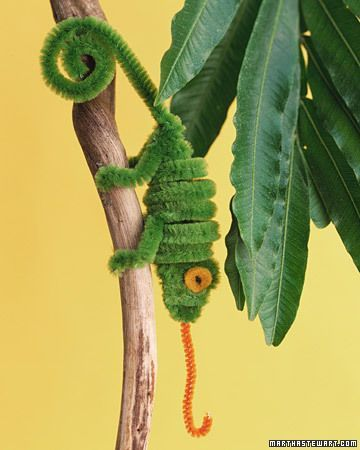 Pipe cleaner creatures - winter (or long hot summer )kids' craft: Pipe Cleaner Craft, Pipe Cleaners, Kids Crafts, Cleaner Chameleon, Pipes, Pipe Cleaner Animals, Cleaner Creatures