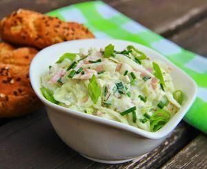 Kedlubnový salát se šunkou ( upravený recept podle Jiřinky Kotkové )