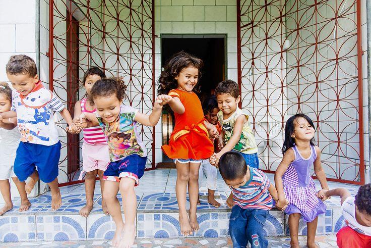 Das Kinderhilfswerk Dritte Welt sorgt für die Anschaffung von didaktischem Lern-, und Spielmaterialien.