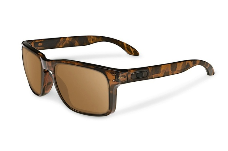 Oakley x Eric Koston EK Holbrooks. Want.