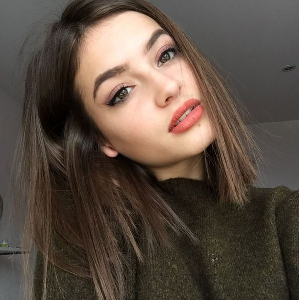 Medium Length Hairstyles For Thin Hair Trending In January 2020 In 2020 Edgy Hair Hair Makeup Short Hair Styles