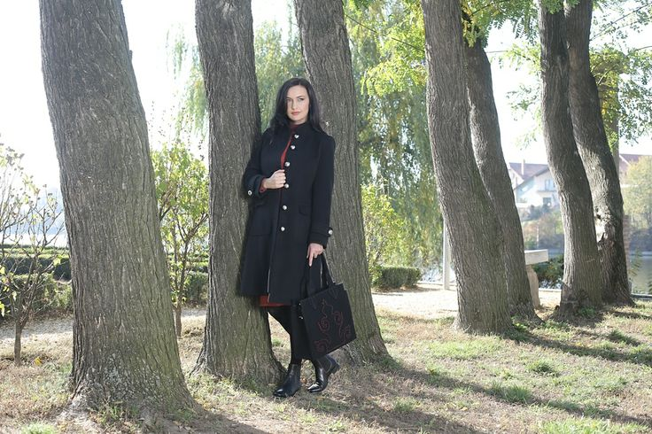 Stylish&warm black coat #winterfashion #womensfashion