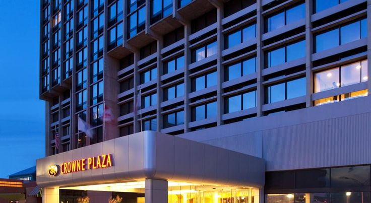 Crowne Plaza Hotel Boston- Newton Newton Off Interstate 90, directly over the Massachusetts Turnpike, and set just outside of the centre of Boston, this Newton, Massachusetts hotel features an on-site restaurant and easy access to local sites, including Boston College.