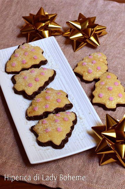 Italian food - Biscotti a forma di albero di Natale