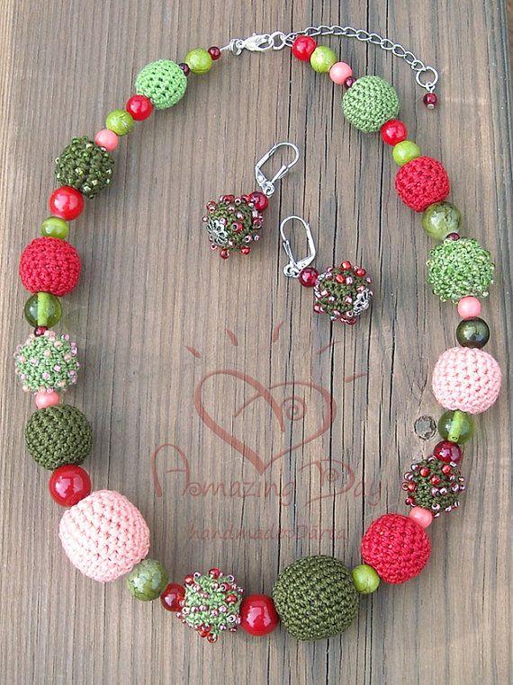 Crochet bead Jewelry SET NECKLACE & EARRINGS Red by AmazingDay