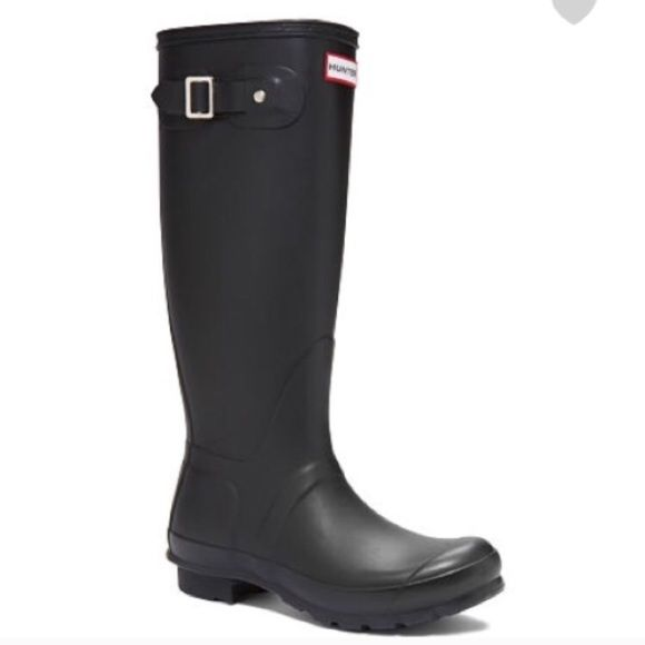 Black Tall Matte Hunter Boots 8 Huntress Wide Calf Great condition! Only worn a few times Hunter Boots Shoes Winter & Rain Boots
