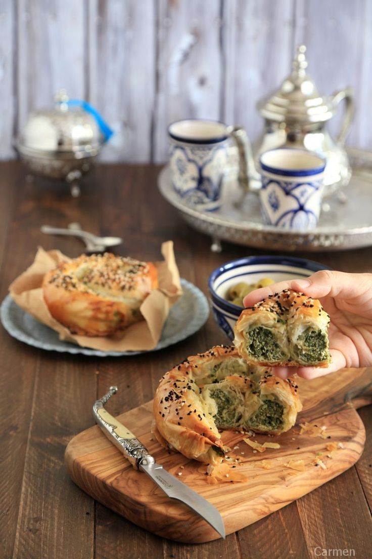 Börek de queso y espinacas - No quieres caldo? ... Pues toma 2 tazas.