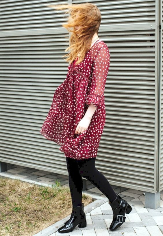 Kristina Magdalina 29 Mar 2017 - Red Floral Printed Dress