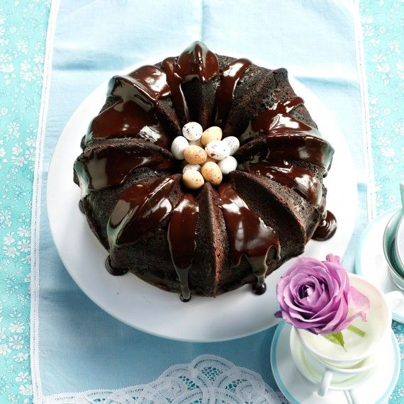 Mocha chocolate Bundt cake gets its wow factor from the distinctive shape of the tin as the sponge recipe is actually very easy... http://www.womanandhome.com/recipes/537206/mocha-chocolate-bundt-cake