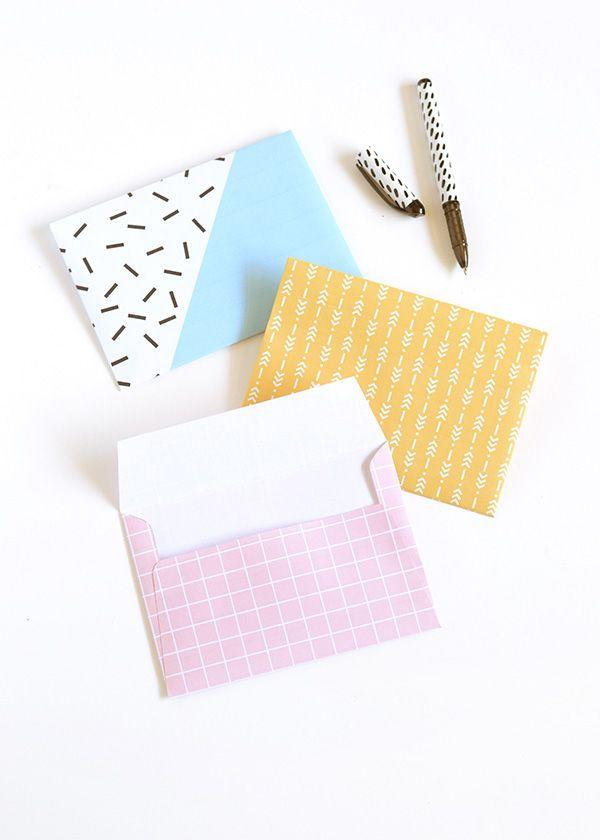 DIY printable patterned envelopes http://makeandtell.com/make-it-printable-patterned-envelopes/