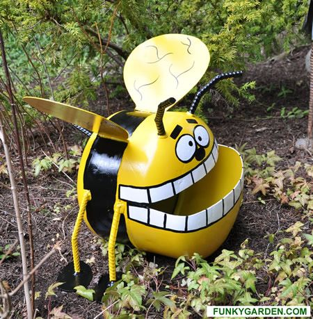 Propane Tank Art - Recycled Metal Art in the Garden from Funky.Garden